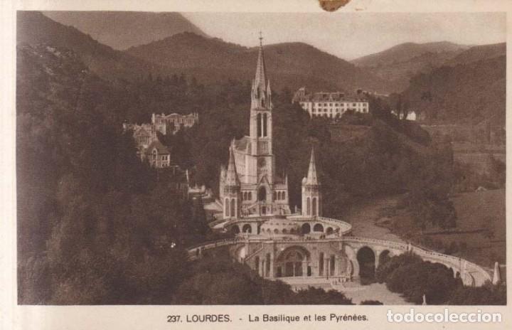 FRANCIA LOURDES LA BASILICA POSTAL NO CIRCULADA (Postales - Postales Extranjero - Europa)
