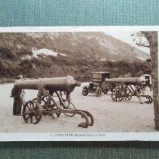 Postales: POSTAL GIBRALTAR - RUSSIAN IN PARK. Lote 182164778
