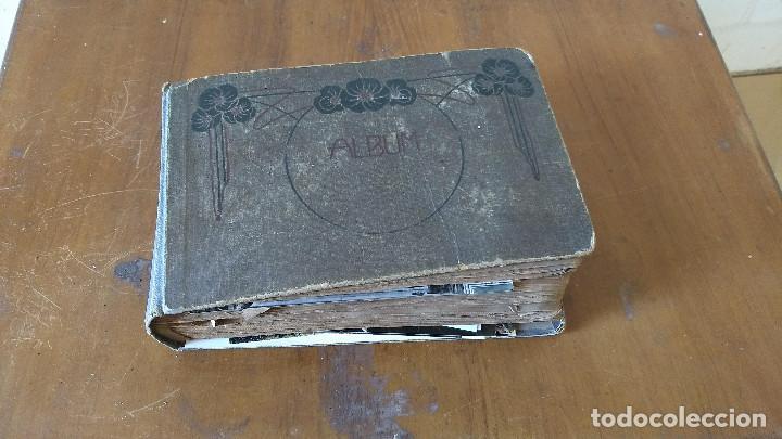 Postales: Álbum antiguo con 98 postales, de Roma y otras ciudades europeas. Inicios S XX - Foto 2 - 188669680