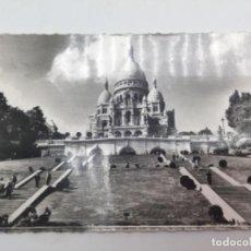 Postales: POSTAL. MONT MARTRE, PARIS. EL ASCENSO AL SAGRADO CORAZÓN . 1960. Lote 193078536