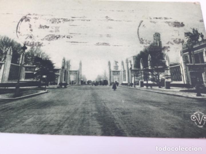Postales: Postal La Puerta del Honor, Palacio de Versalles. Francia 1925 - Foto 2 - 193086643