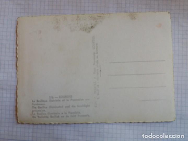 Postales: TARJETA POSTAL - LOURDES - LONDON - LA BASILICA ILLUMINATA E LA FIACOLATA 256 - Foto 2 - 198608526
