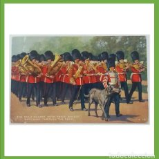 Postales: INGLATERRA POSTAL IRISH GUARD WITH DOG. Lote 204640665