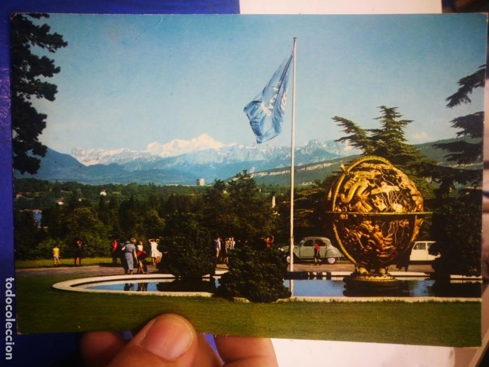 POSTAL GÉNOVA GENEVE LE PARC DE L'ONU ET VUE LE MONTÓ BLANCO 1972 ESCRITA (Postales - Postales Extranjero - Europa)