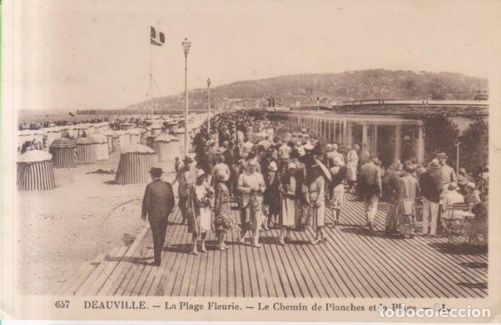 FRANCIA DEAUVILLE EL CAMINO DE PLANCHAS DE LA PLAYA 1934 POSTAL CIRCULADA (Postales - Postales Extranjero - Europa)