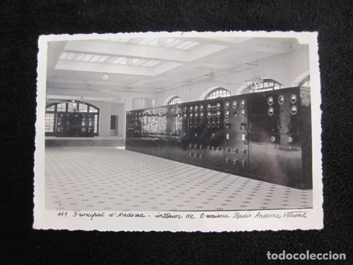 ANDORRA-INTERIOR DE EMISORA RADIO ANDORRA-V. CLAVEROL FOTOGRAFICA-POSTAL ANTIGUA-(78.092) (Postales - Postales Extranjero - Europa)