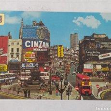 Postales: LONDON 1975 - PICCADILLY CIRCUS AND STATUE OF EROS - FISA - CIRCULADA. Lote 246096000