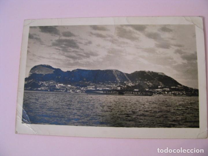 POSTAL FOTOGRÁFICA DE GIBRALTAR. ESCRITA, CON SELLOS, AÑOS 50. (Postales - Postales Extranjero - Europa)