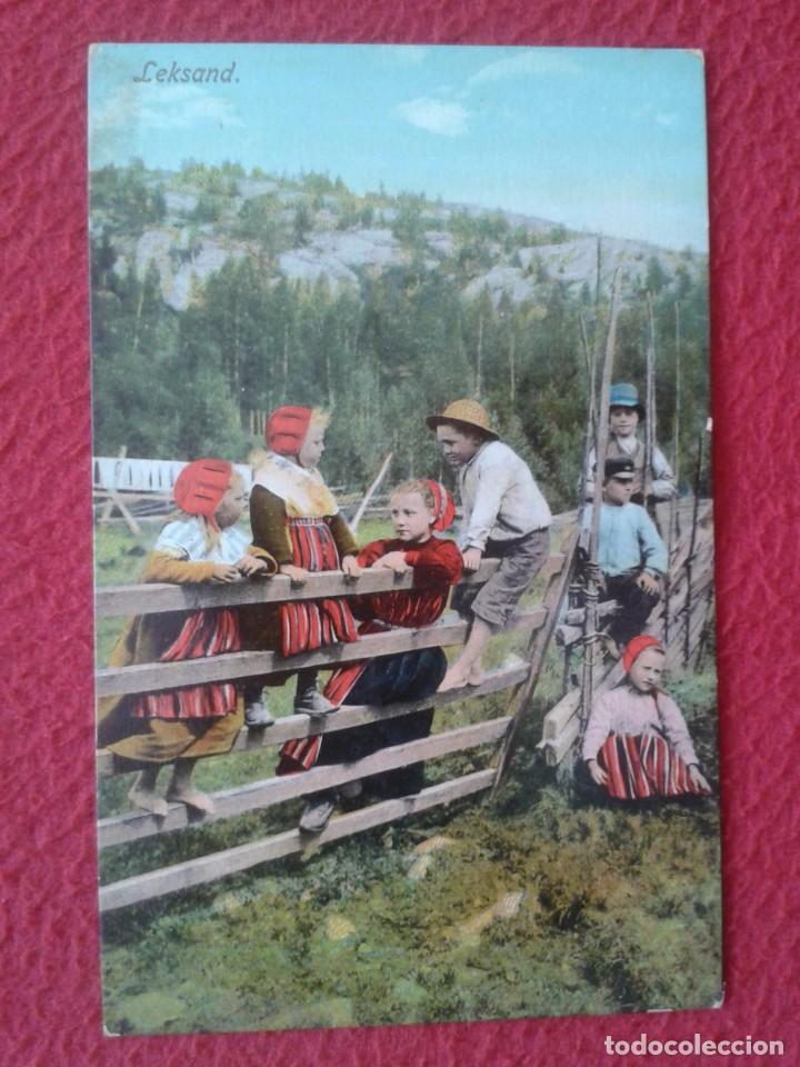 POST CARD POSTKARTE CARTE POSTALE LEKSAND SUECIA SWEDEN SVERIGE TRAJES TÍPICOS JÓVENES NIÑOS BOYS... (Postales - Postales Extranjero - Europa)