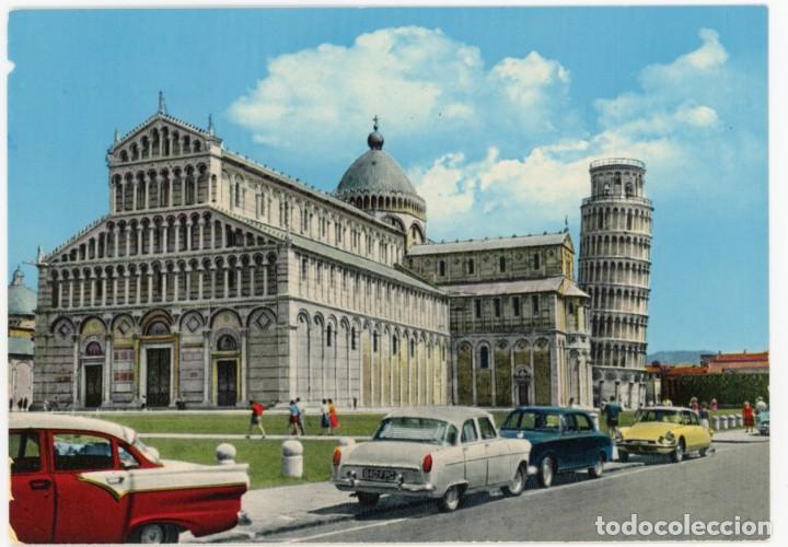 EX055 ITALIA PISA LA CATEDRALE ED GS FORD CUSTOM 4D '57, FORD CONSUL MK2 , CITROËN DS, PEUGEOT 403 (Postales - Postales Extranjero - Europa)