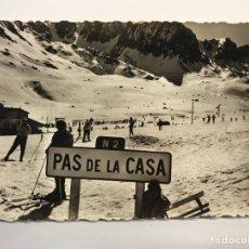Postales: PAS DE LA CASA, PRINCIPADO DE ANDORRA, POSTAL NO.53, LES CHAMPS DE NEIGE, EDIT, FOTO HALL. Lote 279576568