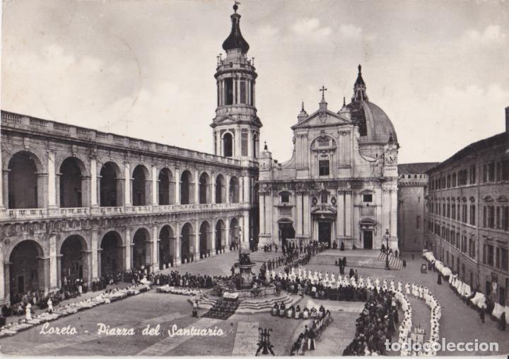 ITALIA, LORETO, PLAZA DEL SANTUARIO - ALTEROCCA 0517 - CIRCULADA 1962 (Postales - Postales Extranjero - Europa)