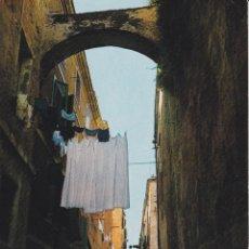 Postales: ITALIA, ALGHERO / ALGUER, VIA MAJORCA - FOTOCOLOR 6882 - CIRCULADA. Lote 289700803
