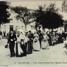 Postales: FRANCIA, ILE DE RE UNA NOCE SORTANT DE L'EGLISE D'ARS. REPRODUCCIÓN. ARTAUD.. Lote 295302628