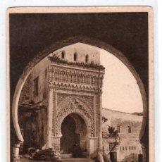 Postales: TARJETA POSTAL DE TETUAN. ENTRADA POR LA PUERTA DE CEUTA. EDITOR M. ARRIBAS.. Lote 166682062