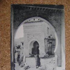 Postales: POSTAL CIRCULADA TETUÁN, ARRIBAS Nº 13, ENTRADA POR LA PUERTA DE CEUTA 1914. Lote 39000812