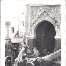 Postales: PS3965 TETUÁN 'ZAUIA DEL HARRAK'. FOTOGRÁFICA. FOTO CALATAYUD. CIRCULADA EN 1954. Lote 42324687