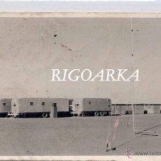 Postales: SAHARA ESPAÑOL.- FOTOGRAFÍA DE CARAVANA Y ANTENA DE RADIO. Lote 47652303