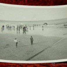 Postales: FOTOGRAFIA DE PLAYA CABO JUBY, SAHARA ESPAÑOL, AÑO 1932, MIDE 11 X 8 CMS.. Lote 50101728