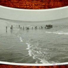 Postales: FOTOGRAFIA DE PLAYA CABO JUBY, SAHARA ESPAÑOL, AÑO 1932, MIDE 11 X 8 CMS.. Lote 50101775
