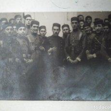 Postales: FOTOGRAFÍA DE SOLDADOS ESPAÑOLES EN TETUÁN. Lote 100433539