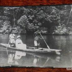 Postales: FOTO POSTAL DE GUINEA ESPAÑOLA, MISIONERO CATOLICO, FOTO H. GARCIA, NO CIRCULADA.. Lote 104270903
