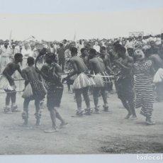 Postales: GRAN FOTOGRAFIA DE BAILES TRADICIONALES DE GUINEA ECUATORIAL, FOTOGRAFO J. JIMENEZ, GRAN TAMAÑO MIDE. Lote 127620999