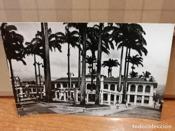 FOTO POSTAL GUINEA ESPAÑOLA. SANTA ISABEL. PLAZA ESPAÑA Y GOBIERNO GENERAL. Nº 154 S/C (Postales - Postales Temáticas - Ex Colonias y Protectorado Español)
