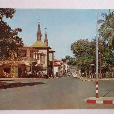 Cartes Postales: GUINEA ECUATORIAL / FERNANDO POO - SANTA ISABEL - AVENIDA GENERAL MOLA - P46272. Lote 240991520