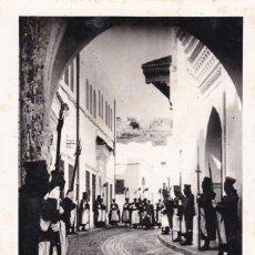 Postais: MARRUECOS TETUAN GUARDIA DE S.A.I. EL JALIFA. ED. FOTO CALATAYUD Nº 143. CIRCULADA. Lote 263569330