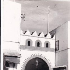 Postais: MARRUECOS LARACHE PUERTA GUEZARIN. ED. CREMADES Nº 16. CIRCULADA. Lote 265216159