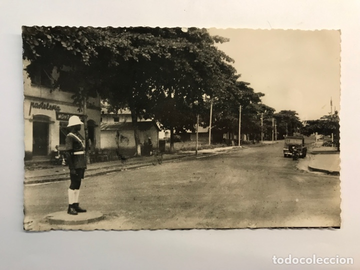 BATA, GUINEA ESPAÑOLA.. POSTAL ANIMADA, CALLE CANALEJAS.. FOTO CALIFORNIA, BATA. (A.1954) CÍRCULADA (Postales - Postales Temáticas - Ex Colonias y Protectorado Español)