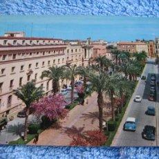 Cartoline: POSTAL ANTIGUA- BADAJOZ, AVENIDA DEL GENERAL VARELA. ARRIBAS. 2033-1967. Lote 44252637