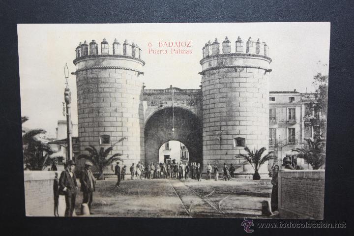 ANTIGUA POSTAL DE BADAJOZ. PUERTA PALMAS. ED. LA LUZ. SIN CIRCULAR (Postales - España - Extremadura Antigua (hasta 1939))