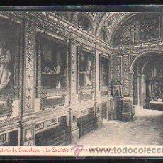 Postales: TARJETA POSTAL DE CACERES - MONASTERIO DE GUADALUPE. LA SACRISTIA Y LIENZOS DE ZURBARAN. THOMAS. Lote 48444692