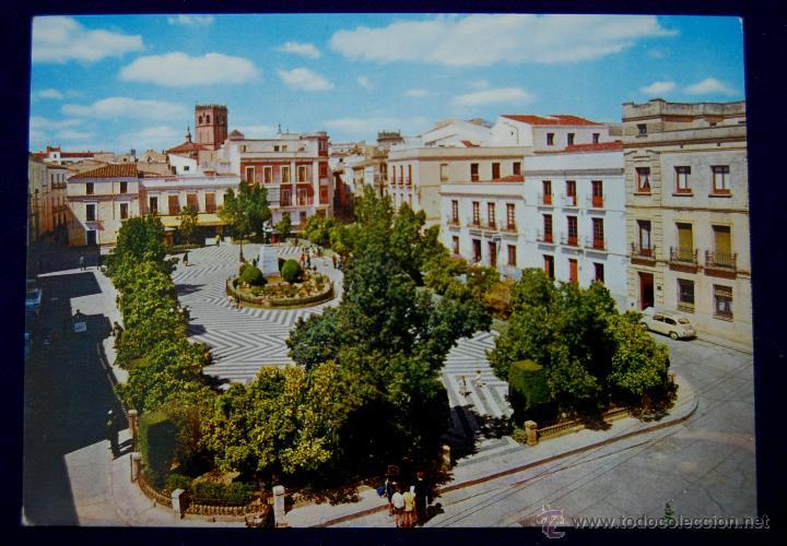POSTAL DE BADAJOZ. PLAZA DE CERVANTES. AÑOS 60. (Postales - España - Extremadura Moderna (desde 1940))