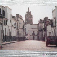 Postales: ANTIGUA POSTAL BIENVENIDA - BADAJOZ - VISTA GENERAL CALLE LLERENA CON TORRE AL FONDO. Lote 54058100