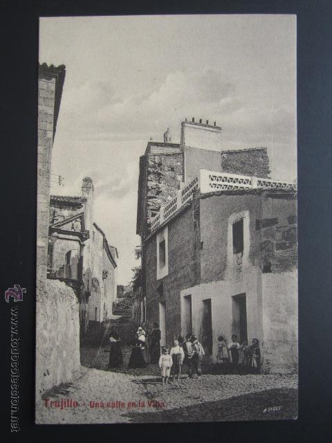 POSTAL CÁCERES. TRUJILLO. UNA CALLE EN LA VILLA. A. DURÁN. (Postales - España - Extremadura Antigua (hasta 1939))