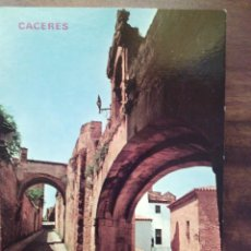 Postales: CÁCERES. ARCO DE LA ESTRELLA Y ADARVES. EDICIONES PARIS.. Lote 55367671