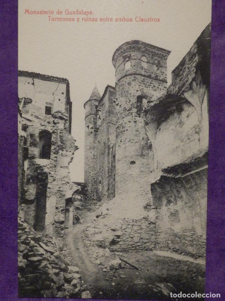 POSTAL - ESPAÑA - CACERES MONASTERIO DE GUADALUPE, TORREONES Y RUINAS ENTRE AMBOS CLAUSTROS, THOMAS (Postales - España - Extremadura Antigua (hasta 1939))