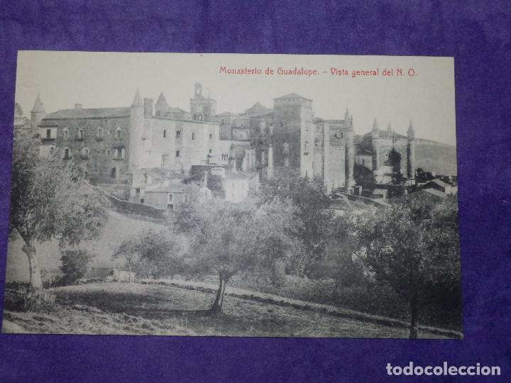 POSTAL - ESPAÑA - CÁCERES - MONASTERIO DE GUADALUPE - VISTA GENERAL DEL N..O. - 2884 THOMAS (Postales - España - Extremadura Antigua (hasta 1939))