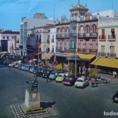 Postales: BADAJOZ - PLAZA DE ESPAÑA - COCHES. Lote 126466047