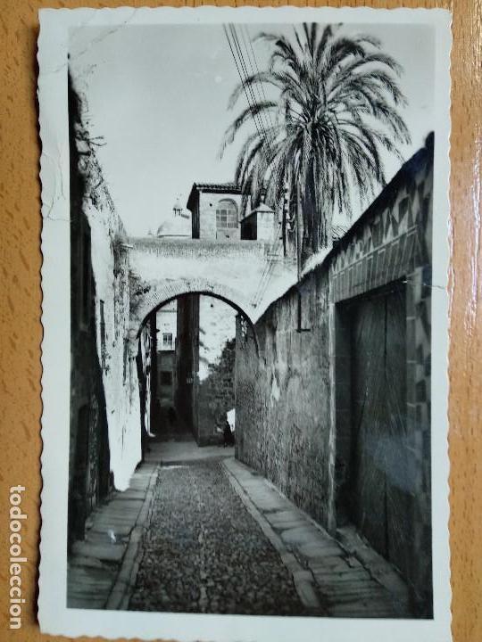 CÁCERES 70 ADARVE DE LA ESTRELLA. EDICIONES ARRIBAS. (Postales - España - Extremadura Moderna (desde 1940))