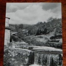 Postales: FOTO POSTAL DE BAÑOS DE MONTEMAYOR, CACERES, EL RIO, CIRCULADA.. Lote 139736618