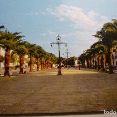 Postales: POSTAL OLIVENZA.-PASEO GRAL.FRANCO .-CIRCULADA PERO SELLO ARRANCADO. Lote 142025486