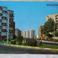 Postales: BADAJOZ 332 AVDA SEBASTIAN EL CANO ED PARIS CIRCULADA 1974. Lote 155273062