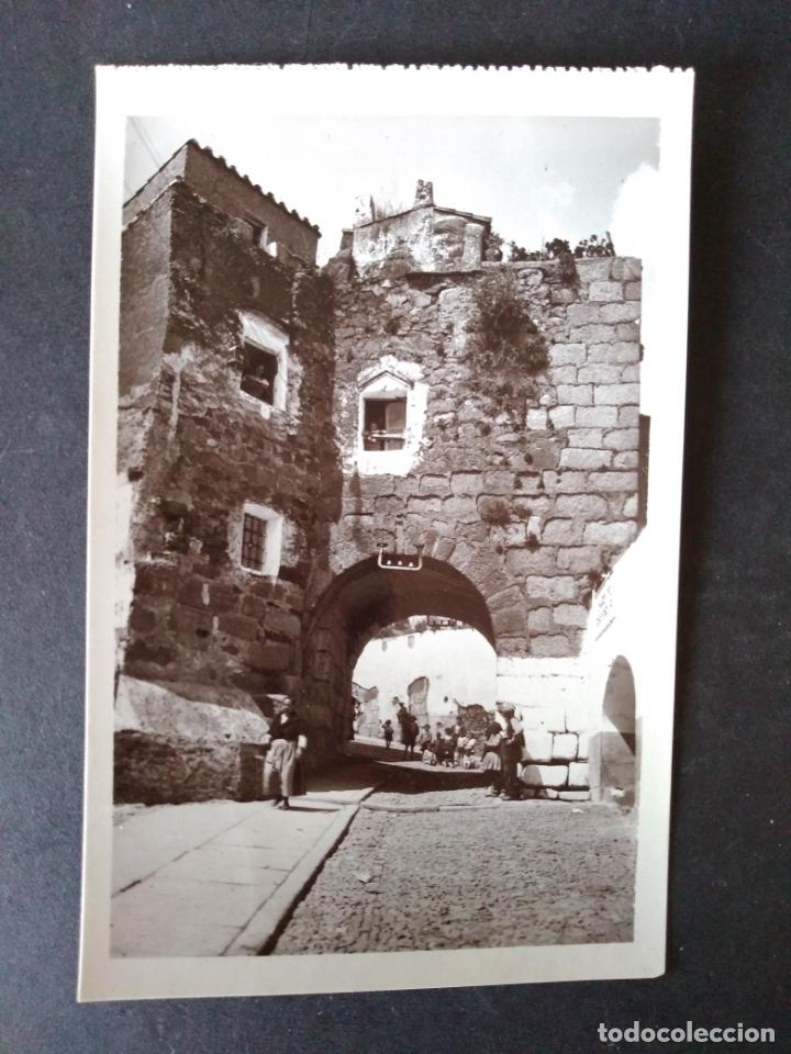 CACERES PUERTA ROMANA DEL ARCO DEL CRISTO EDICION FLORIANO COLECCION ARQUITECTONICA (Postales - España - Extremadura Antigua (hasta 1939))