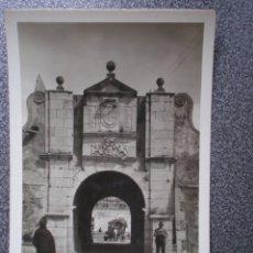 Postales: BADAJOZ PUERTA DEL PILAR RARA POSTAL FOTOGRÁFICA ANTIGUA COLECCIÓN LOTY. Lote 174542417