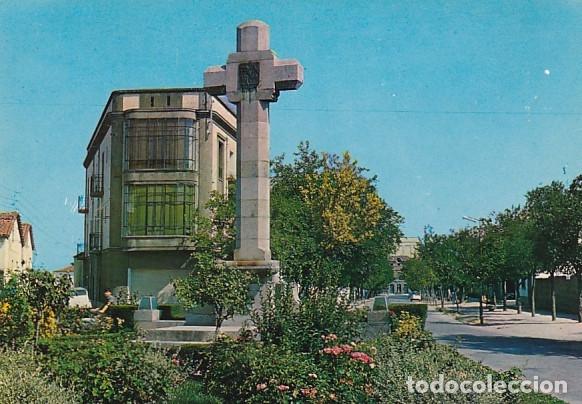 NAVALMORAL DE LA MATA CACERES CRUZ DE LOS CAIDOS ED. FITER Nº 8595 AÑO 1967 (Postales - España - Extremadura Moderna (desde 1940))
