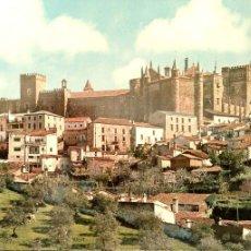 Postales: GUADALUPE. 1 VISTA GENERAL DEL MONASTERIO DESDE EL SUR. GARCÍA GARRABELLA. NUEVA. COLOR. Lote 183295275